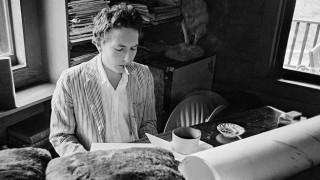 Ο Μπομπ Ντίλαν έχει «ανειλημμένες υποχρεώσεις» και δεν θα παραλάβει το Νόμπελ Λογοτεχνίας