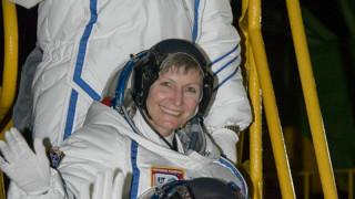 Η γηραιότερη γυναίκα αστροναύτης σπάει όλα τα ρεκόρ