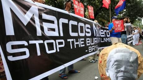 Φιλιππίνες: Ο πρώην δικτάτορας Μάρκος στο «Νεκροταφείο των Ηρώων»