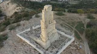 Φιλόπαππος: Ο άνθρωπος που πίστευε ότι «νίκησε» τον Παρθενώνα - Ένα ταξίδι από ψηλά