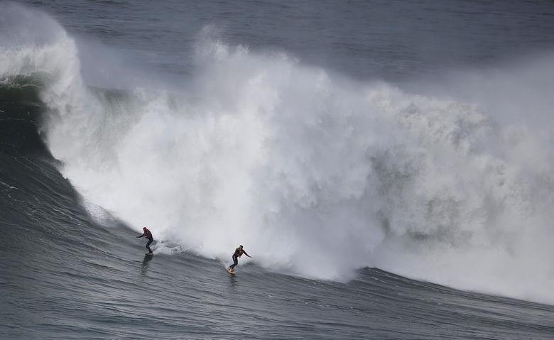2016 11 19T210024Z 1071353732 S1AEUNUJLWAA RTRMADP 3 PORTUGAL SURF