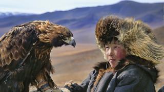 Η ζωή ενός Dukha: Η φυλή της Μογγολίας που ζει αρμονικά με λύκους, τάρανδους και άγριους αετούς