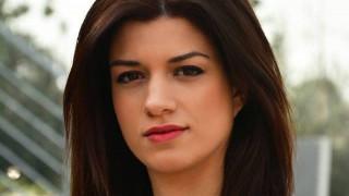 Ψυχολόγος, ηθοποιός και μόλις 28 ετών στο τιμόνι του πρωθυπουργικού γραφείου στη Θεσσαλονίκη