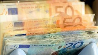 Προϋπολογισμός 2017: 2,5 δισ. € νέοι φόροι - περικοπές και στο βάθος... πλεόνασμα 2%