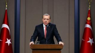 Ο Ερντογάν ζητάει αναθεώρηση της Συνθήκης της Λωζάνης