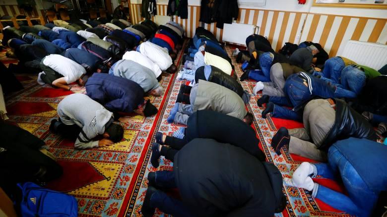 Η αμερικανική κυβέρνηση μήνυσε πόλη για προκατάληψη εναντίον των μουσουλμάνων