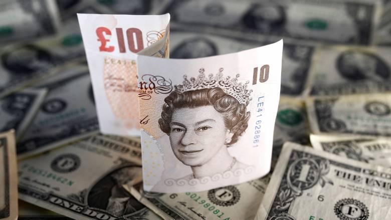 Η κατάρρευση της λίρας από το Brexit έχει κοστίσει 1.5 τρισεκατομμύρια λίρες