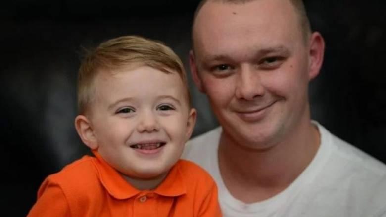 Τρίχρονος έσωσε τη ζωή του διαβητικού πατέρα του