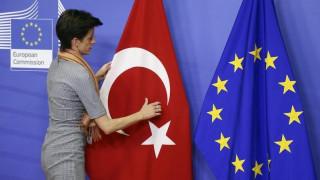 «Πάγο» στις ενταξιακές διαπραγματεύσεις της Τουρκίας βάζουν οι ευρωβουλευτές
