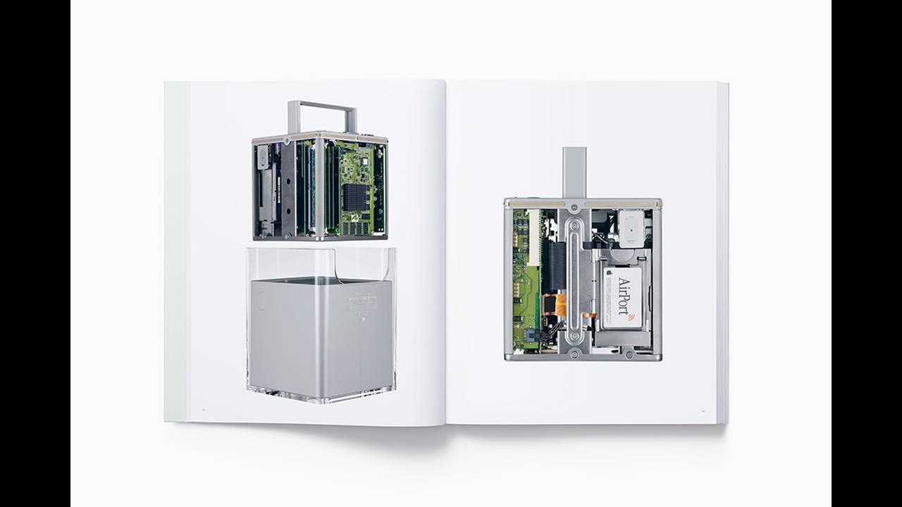 https://cdn.cnngreece.gr/media/news/2016/11/25/56016/photos/snapshot/designed-by-apple-in-california-book-4.jpg