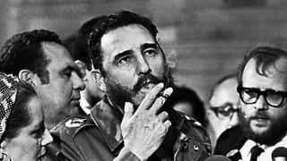 Με τη φράση «αντίο κομαντάντε» αποχαιρέτησε ο Αλ. Τσίπρας τον Φ. Κάστρο