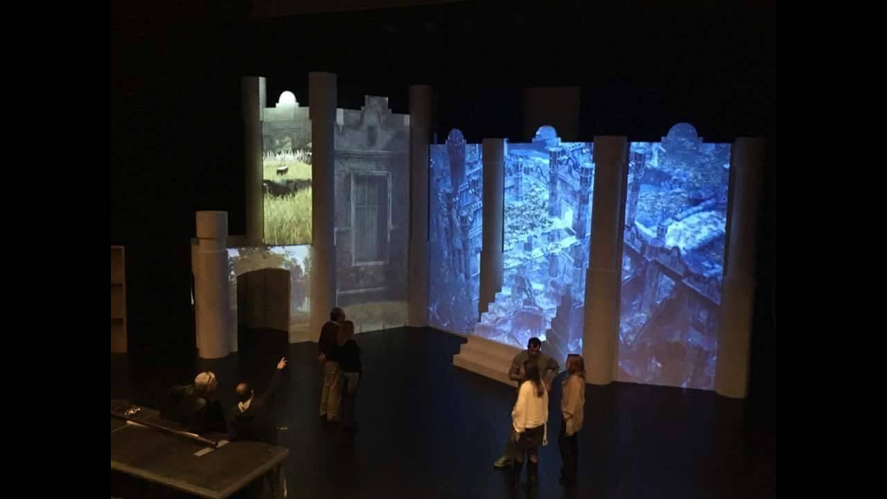https://cdn.cnngreece.gr/media/news/2016/11/27/56283/photos/snapshot/And-Juliet.back-stage2.jpg