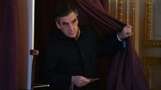Γαλλία: Συντριπτική νίκη του Φρανσουά Φιγιόν δείχνουν τα πρώτα exit poll