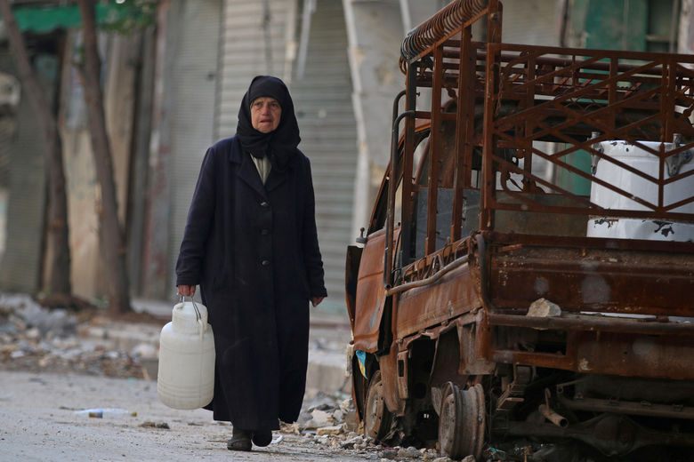2016 11 25T140952Z 290529910 S1AEUOWLWYAA RTRMADP 3 MIDEAST CRISIS SYRIA ALEPPO