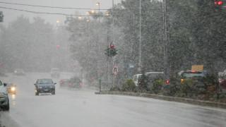 Κακοκαιρία: Στα λευκά η βόρεια Ελλάδα, χιόνια και στη Θεσσαλονίκη