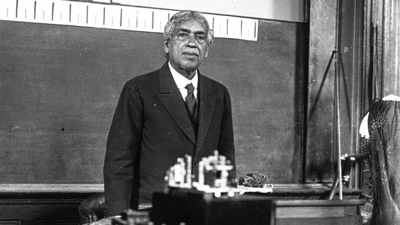 Jagadish Chandra Bose: Αφιερωμένο στον γνωστό επιστήμονα το doodle της google