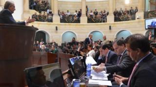 Κολομβία: Ομόφωνα ενέκρινε η Γερουσία τη νέα συμφωνία κυβέρνησης-FARC