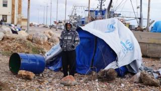 Δύσκολη αναμένεται η βραδιά για 200 πρόσφυγες στη Χίο (pics)