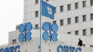 Η συμφωνία για μείωση της παραγωγής πετρελαίου εκτίναξε τις τιμές
