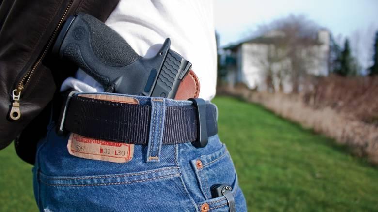 «Μην οπλοφορείτε στα καταστήματα μας». Η Levi Strauss αφοπλίζει