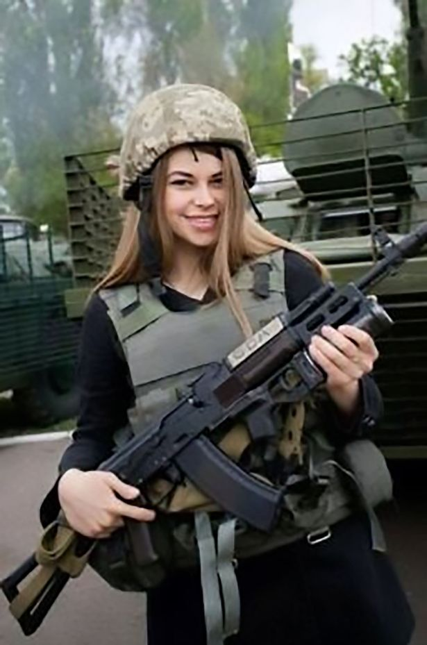 PAY CEN SoldierFight 02