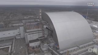 Ο ατσάλινος θόλος που σφραγίζει τον πυρηνικό αντιδραστήρα του Τσέρνομπιλ