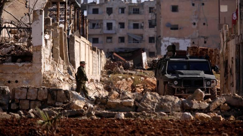 Συρία: 46 άμαχοι νεκροί από νέους βομβαρδισμούς