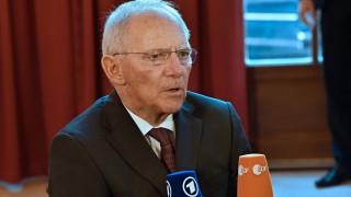 Σόιμπλε: Είναι μακρύς ο δρόμος της Ελλάδας