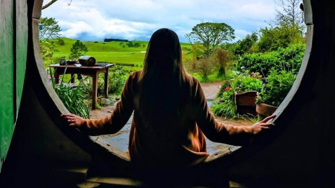 Η «παραμυθένια» ζωή 24χρονης που βγάζει 5.000 δολάρια τον μήνα ενώ ταξιδεύει τον κόσμο