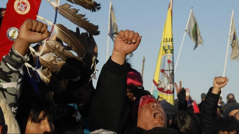 Νίκη των διαδηλωτών στη Ντακότα: Δεν θα κατασκευαστεί ο πετρελαιαγωγός