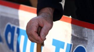 Νέα όρια ηλικίας: Ποιοι βγαίνουν στη σύνταξη από τα 57