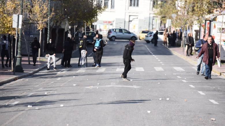 Επέτειος Γρηγορόπουλου: Δρακόντεια μέτρα και μικροένταση στο κέντρο της Αθήνας (vid&pics)