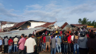 Δεκάδες νεκροί από τον σεισμό στην Ινδονησία