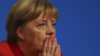 Όχι στη μπούρκα λέει η Μέρκελ – Στροφή στο προσφυγικό