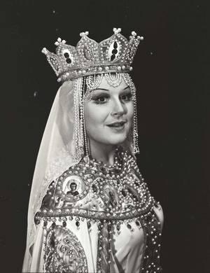 """Όπερα """"Ο Μύθος της Αόρατης Πόλης του Κίτεζ και της Κόρης Φεβρωνίας"""" του Ν. Ρίμσκι-Κόρσακοφ. Φεβρωνία η Μ. Κασρασβίλι. Από τη συλλογή του Μουσείου του Θεάτρου Μπολσόι της Ρωσίας"""
