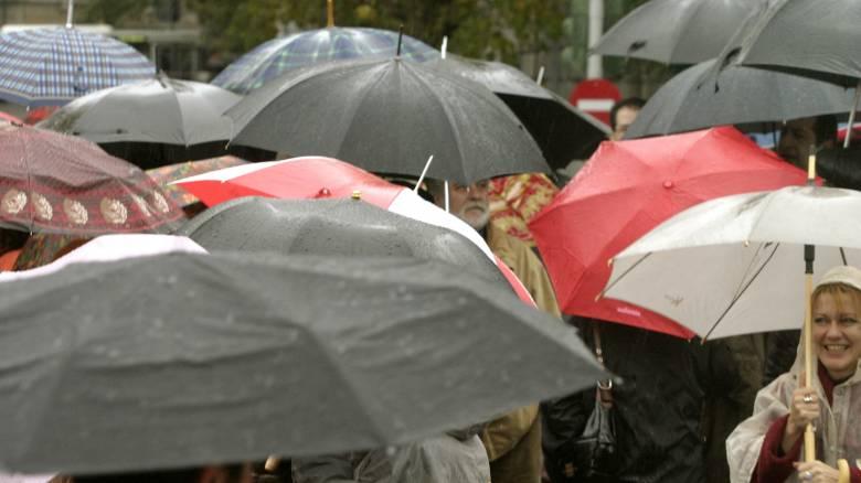 Καιρός: Σε ποιες περιοχές θα βρέξει την Πέμπτη