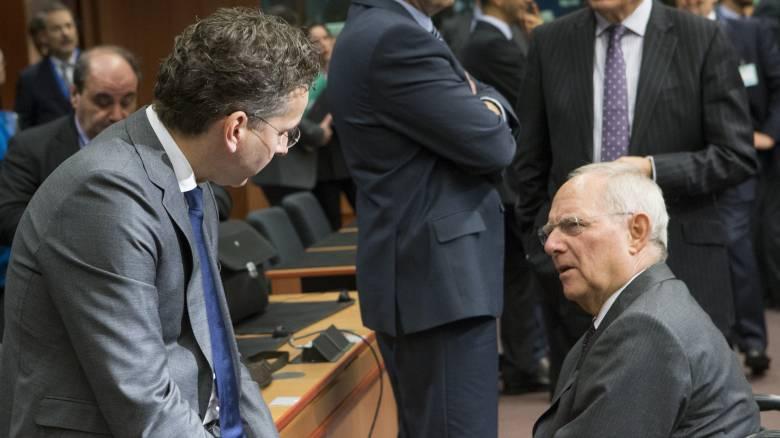 Reuters: Με μισοάδεια χέρια έφυγε από το Eurogroup η Ελλάδα