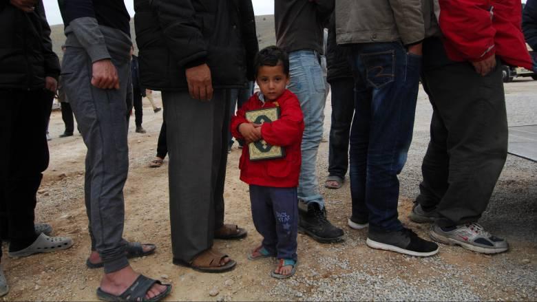 Υπ. Μεταναστευτικής Πολιτικής: Δεν ευσταθεί ότι «χάθηκαν» 13.000 πρόσφυγες