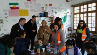 Η Ισπανίδα συνήγορος του πολίτη στο Κέντρο Φιλοξενίας Προσφύγων στις Θερμοπύλες