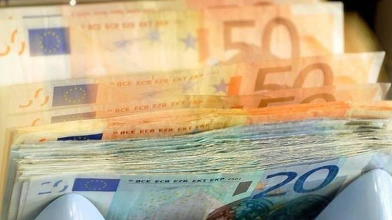 Στα 93,9 δισ. ευρώ ανήλθαν τα «φέσια» προς την εφορία