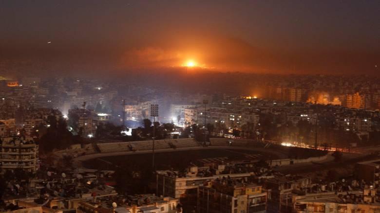 Χαλέπι: πέφτει μεν αλλά ο πόλεμος δεν τελειώνει (vid & pics)
