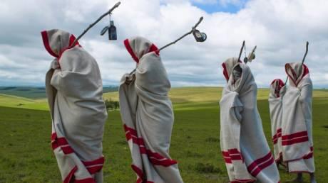 Οκτώ απίθανες παραδόσεις των φυλών της Μαύρης Ηπείρου (pics)