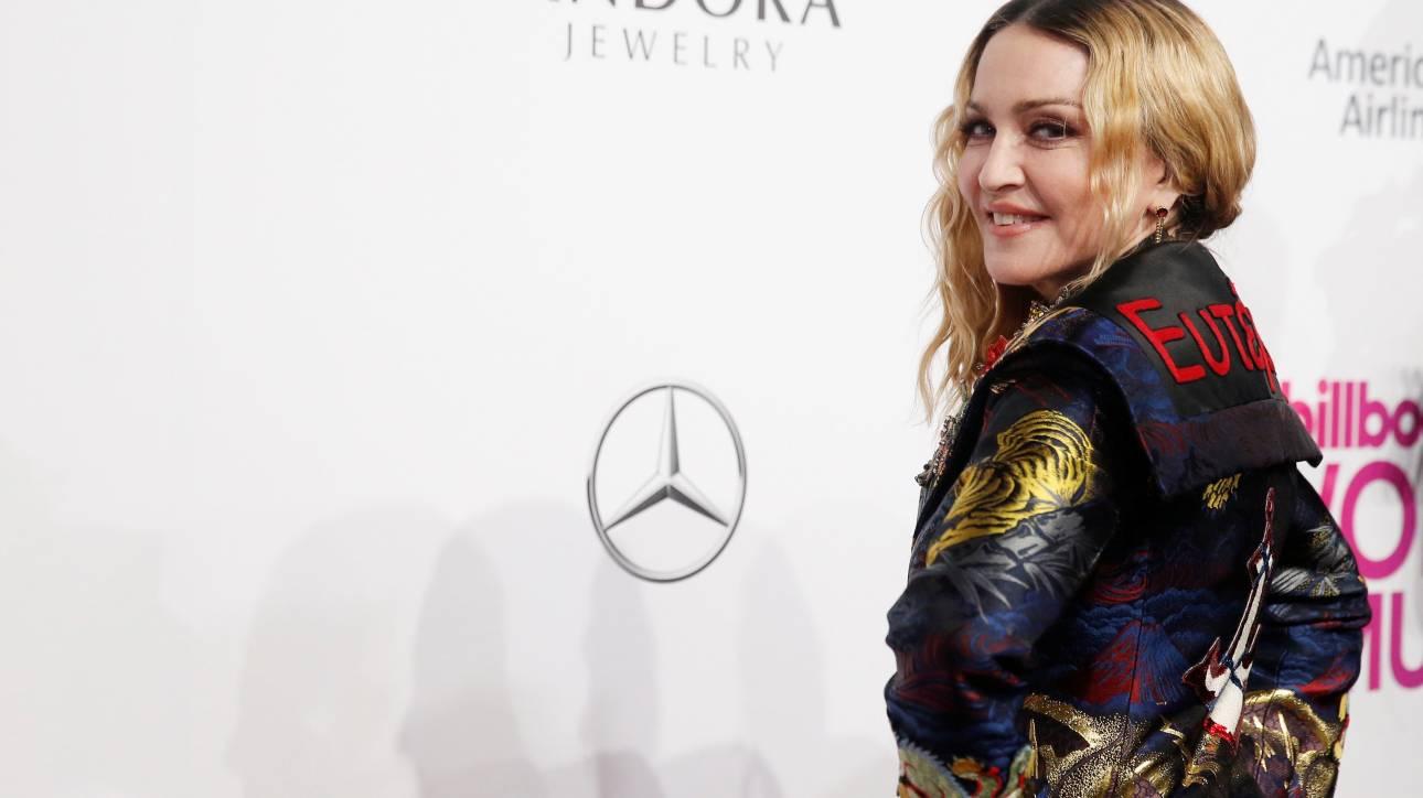 Η Madonna είναι και η Μούσα Ευτέρπη και η Γυναίκα της Χρονιάς του 2016
