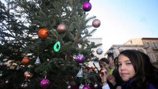 Κλείνουν για 16 μέρες τα σχολεία για τις διακοπές των Χριστουγέννων
