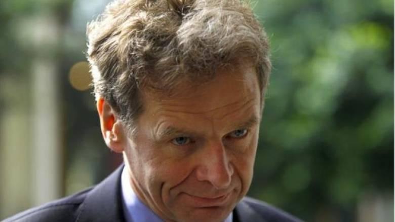 «Προκαταβολικό μαχαίρι» σε συντάξεις και αφορολόγητο απαιτεί το ΔΝΤ
