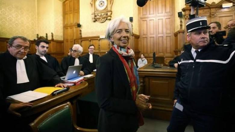 Κριστίν Λαγκάρντ στη δίκη της: «Αισθάνομαι βαθιά σοκαρισμένη» (pics)