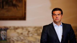 WSJ: Ο Αλ. Τσίπρας σκέφτεται πρόωρες εκλογές