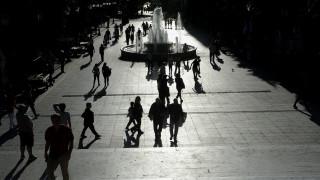 Οι Έλληνες υπερφορολογούνται, παρά το μεγάλο αφορολόγητο
