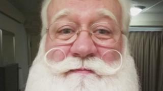Ο Άγιος Βασίλης περιγράφει την σπαρακτική στιγμή που ένας πεντάχρονος ξεψύχησε στην αγκαλιά του