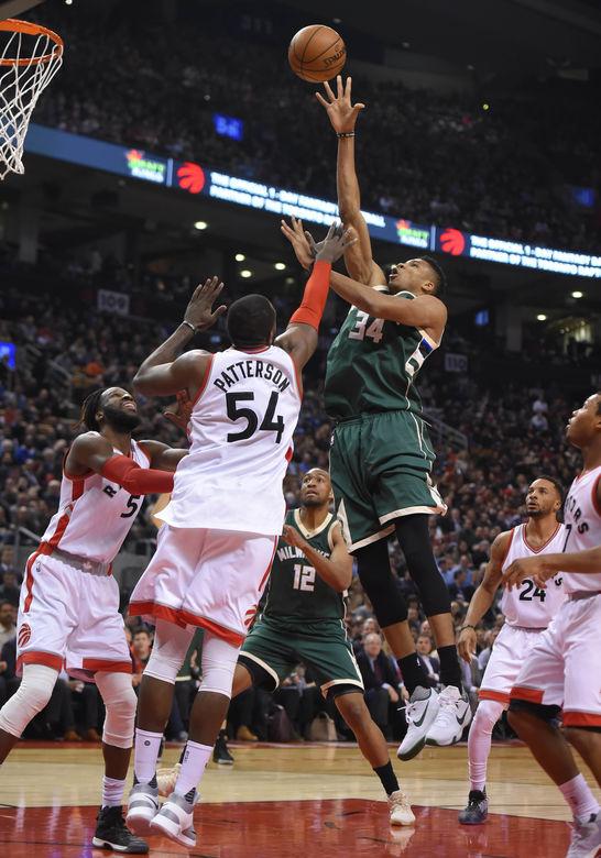 2016 12 13T033155Z 1159146208 NOCID RTRMADP 3 NBA MILWAUKEE BUCKS AT TORONTO RAPTORS